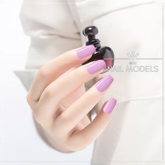 When it comes to nail art, many people prefer to be creative in terms of color and shape. Even though purple is thought to be just a sweet color, even like other colors, it has its own meaning and personality. Neon Purple Nails, Purple Nail Art, Purple Nail Designs, Colorful Nail, Fun Nails, You Nailed It, Nail Colors, Personality, Nail Polish