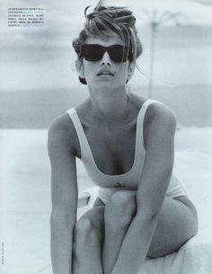 """Flashback"", Vogue Italia Photographer : Marco Glaviano Model : Cindy Crawford"