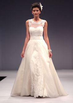Deslumbrante Linha A Alças Botões Renda Cauda Escova Organza Vestidos de Noiva