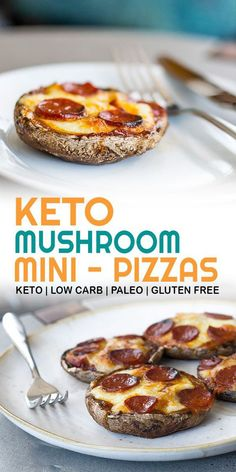 So quick and easy, these keto pizza bases are made from portobello mushrooms for a quick, filling, keto friendly snack or light meal. Keto pizza without the carbs! # ketodiet Quick and easy low carb keto pizzas made with portobello mushrooms Healthy Diet Recipes, Ketogenic Recipes, Low Carb Recipes, Keto Diet Meals, Keto Meals Easy, Vegan Keto Diet, Diet Menu, Diet Foods, Easy Snacks