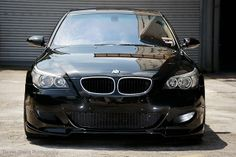 BMW E60 sapphire black metallic