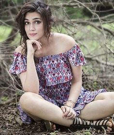 #REPOST:  Too Much Prettiness  Credit : @kritikofficial @kritikofficial [ #kritisanon #Kriti #Bolly #Bollywood ] by #BollywoodScope