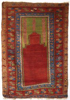 ANTIQUE TURKISH KONYA REGION PRAYER RUG, SUPERB GREEN AND RED, CIRCA 1900.  Size: 5ft 2in x 3ft 8in (158 x 111cm).