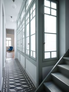The Grand Dame Modern Open Space Living Tiled Hallway, Entry Hallway, Hallway Flooring, Upstairs Hallway, Architecture Details, Interior Architecture, Interior And Exterior, Open Space Living, Living Spaces