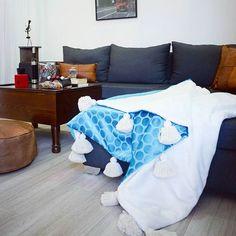 VELVET LUX    #interiordesign  #pompomblanket #velvetblanket #thehandmadeparade  #handmadeblanket #moroccanstyle #moroccanpouf #riadstyle #anthropologie #mywestelm #inmorocco #moroccanbrand #leathergoods #leatherpillow #artisan #handmadeinmorocco #sodomino #apartmenttherapy #apartmentdecor #mytinyatlas #homedesign #pinterest #inpiration #interior4all
