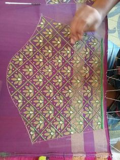 Saree blouse gota patti work Hand Embroidery Designs, Beaded Embroidery, Embroidery Patterns, Wedding Saree Blouse Designs, Silk Saree Blouse Designs, Hand Work Design, Maggam Work Designs, Stylish Blouse Design, Hand Designs