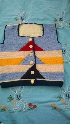 Baby Sweater Knitting Pattern, Baby Boy Knitting, Knit Baby Sweaters, Baby Knitting Patterns, Knitting Socks, Hand Knitting, Crochet Bebe, Knit Or Crochet, Moda Emo