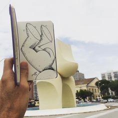 Plantando bananeira #monumentomariocravo #bahia #salvador #escultura #sculpture #monument #monumento #hwt#art # arte #apple #artist #artwork #artoftheday #brasil #brazil #black #blackandwhite #blacknwhite #caderno #cor #color #cartoon #dessin #dibujo #desenho #drawing #esboço #foto #fotos #fotografia #gallery #graphic #graffart