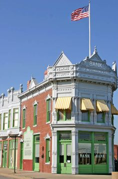 From the days of the wild west and here it still stands today - the Old Condon Bank. Coffeyville Kansas, Farm Lifestyle, Land Of Oz, Show Me The Money, Exotic Places, Road Trip Usa, Old West, Around The Worlds, Mansions