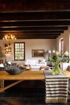 Home in South Africa | source: Visi / photo: Jan Ras | via Keltainen talo rannalla