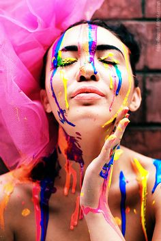 Concept Photography, Paint Photography, Photography Lessons, Girl Photography Poses, Outdoor Photography, Drip Painting, Woman Painting, Body Painting, Creative Fashion Photography