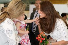 38 Photos of People Mesmerized by Kate Middleton's Glorious Hair