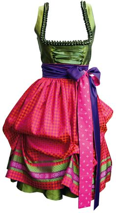 Obviously need a couture Dirndl for my annual trips to Oktoberfest Oktoberfest Outfit, German Outfit, Dirndl Dress, German Fashion, Vestidos Vintage, Folk Costume, Up Girl, Ethnic Fashion, Mode Inspiration