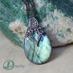 Labradorite - Unique jewellery by Anna Mazoń