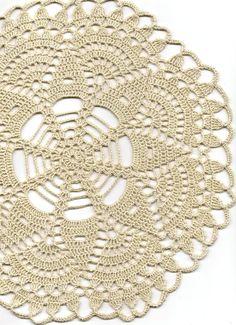 Hermoso tapete, hecho de crochet crudo algodón del ganchillo de la mano. Diámetro de 12(31cm). Adorable decoración en su hogar, se ven muy bien en                                                                                                                                                                                 Más