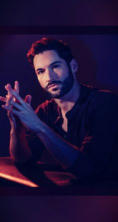 Nommm, nom! Tom Ellis