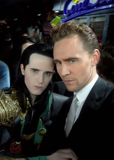 Loki Cosplayer Meets Loki, Universe Implodes - Cosplayer: FahrSindram