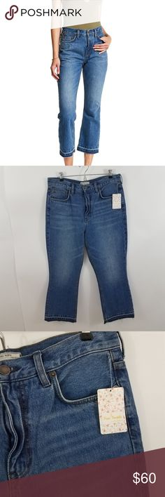 Free people jeans high rise release hem boot crop Free People Jeans High Rise Release Hem Cropped Bootcut 30 $78 frayed mom  Size 30, see measurements below. New with tags Measurements are taken while item is lying flat.  Waist (x2): 17 Inches  Inseam: 25 Inches  Inv AU. Free People Jeans Ankle & Cropped