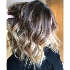 The shadow roots trend is a perfect way to add dimension to your bronde dye job. Ohio-based colorist Coryn Neylon created this look on a client, adding darker tones instead of lighter ones in order to make the color more dynamic. Blond Ombre, Ombre Hair Color, Hair Color Balayage, Blonde Color, Hair Colors, Bronde Balayage, Darker Hair Color Ideas, Balayage Hair Blonde Medium, Balayage Hair Caramel