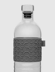 Details we like / Texture / Silcone / Bottle 7 Water / pattern / at leManoosh: