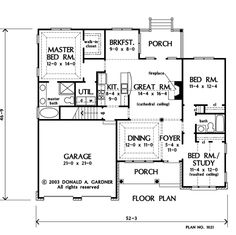First Floor Plan of The Nicholson - House Design 1021