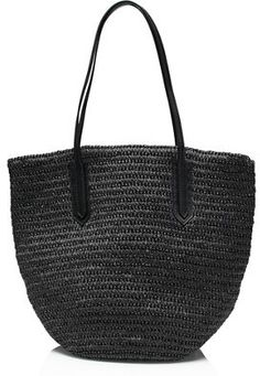 A packable market tote | GIFT GUIDE FOR HER | kendallspelhaug.com