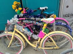 Ornately decorated bikes are used to get everywhere. Pickle Back Shots, What Is Burning Man, Bike Parade, Camping Set Up, Dust Storm, Octopus Art, Mood Images, Bike Life, Installation Art
