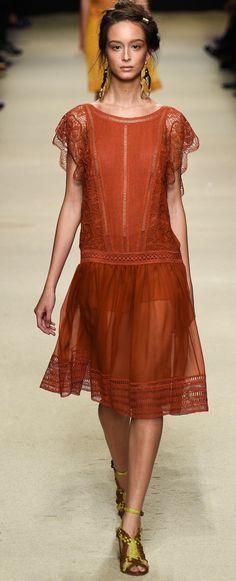 Alberta Ferretti Ready To Wear Spring 2016