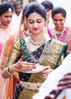 4 Miraculous Cool Tips: Silver Jewelry Beads jewelry organizer stand. South Indian Weddings, South Indian Bride, Kerala Bride, Hindu Bride, Bridal Blouse Designs, Saree Blouse Designs, Dress Designs, Saree Collection, Bridal Collection