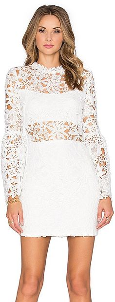 Pin for Later: 90 Robes Pour un Mariage Civil Stylé et Romantique  Endless Rose robe willamette (74€)