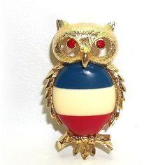 JJ Owl pin brooch Jonette  vintage jewelry Red Blue Cream