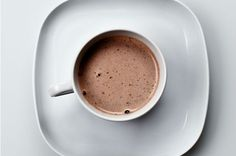 Our Brains Are Weird: Hot Chocolate Tastes Better in Beige Cups. This is so interesting to me!
