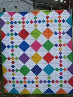 Diamond Patch Quilt Pattern gibt es in 3 Größen - Quilting Digest - Diamant Patch Quilt-Muster - Baby Quilt Patterns, Quilt Baby, Boy Quilts, Girls Quilts, Baby Quilts Easy, Baby Girl Quilts, Nine Patch Quilt, Patchwork Quilting, Scrappy Quilts