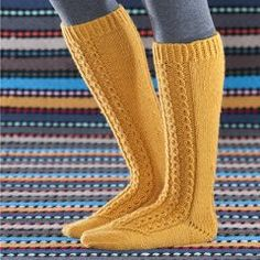 Knee Socks, Leg Warmers, Knit Crochet, Knitting Ideas, Diagram, Diy, Fashion, Slipper, Tights