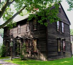 Many Europeans who immigrated to America in the 17th century came from the southeastern counties of England. Thus, timber frame houses similar to the one pictured were among the first colonial buildings to appear on the east coast of America.