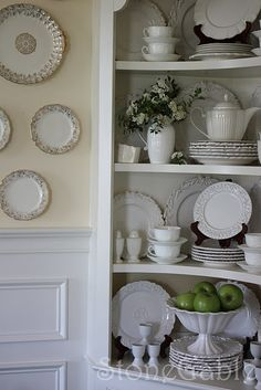 Plate holder on top of stacks :Beautiful china display cabinet- I'm really struggling with my corner hutch in my dining room and hoping this inspires me. Hutch Display, Dish Display, China Display, Displaying China, Plate Display, How To Display China In A Hutch, Display Cabinets, Shelf Display, China Cabinet Decor