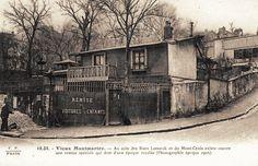 """rue Lamarck - Paris 18e Une remise """"spéciale"""" de voitures d'enfants au coin de la rue Lamarck et la rue du Mont-Cenis qui """"date d'une époque reculée"""", photographiée en 1905."""