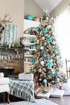 gorgeous chirstmas tree decorations ideas 2017 18 image is part of 60 gorgeous christmas tree design ideas in 2017 gallery you can read and see another