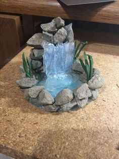 If you are looking for Miniature Fairy Garden Ideas, You come to the right place. Below are the Miniature Fairy Garden Ideas. This post about Miniature Fair. Mini Fairy Garden, Fairy Garden Houses, Diy Garden, Gnome Garden, Garden Crafts, Garden Art, Garden Ideas, Fairies Garden, Diy Fairy House
