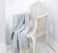 French Provencal White Rattan Bedroom Chair (Chair)