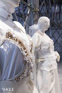 디자이너 진태옥의 온라인 갤러리 – ANTHOLOGY | Vogue.com