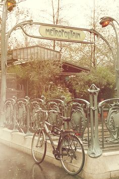 An old metro station in Paris and a bike near it. It looks so vintage for me Vintage Paris Pray For Paris, I Love Paris, Old Paris, Vintage Paris, Paris Paris, Vintage Posters, Vintage Photos, Bicycle Pictures, Parisian Decor