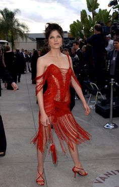 Selma Blair at the 2002 Vanity Fair Oscar Party - The Most Daring Oscar Dresses - Photos