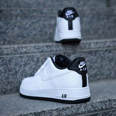 Nike Air Force 1 07 in weiss - Space Jam, Nike Shoes Outfits, Cute Outfits, Outfits Kombinieren, Nike Air Force 1, Adidas Stan Smith, Shoe Game, Air Jordans, Adidas Sneakers