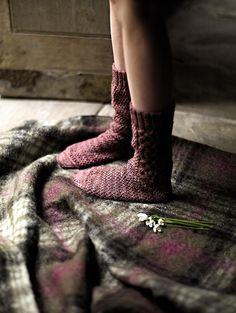 Delta Breezes... — Fringe Associaiton- neeeeed some socks like this