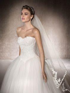 Princess wedding dress Medea