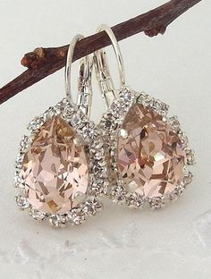 nice Blush Pink crystal teardrop earring, Drop earring, Swarovski Rhinestone Halo Earring, Bridal earring, Bridesmaid gift, Dangle earring Silver