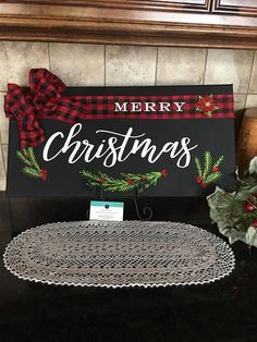 Easy DIY Christmas Decor Ideas for Front Porch - Wooden Signs Health & Fitness - Mastercrafter - DIY Christmas Ideas ♥ Homes Decoration Ideas Christmas Wood Crafts, Diy Christmas Decorations Easy, Christmas Signs Wood, Christmas Store, Rustic Christmas, Christmas Art, Christmas Projects, All Things Christmas, Holiday Crafts