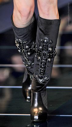 From the Archives: Versace Fall 2012 at Milan Fashion Week. STILL on trend!
