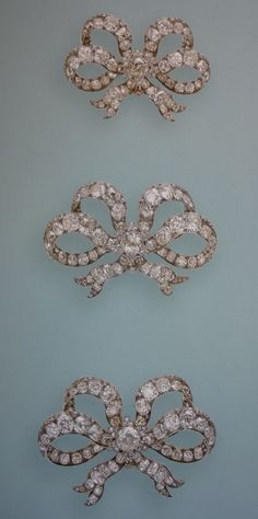 Queen Victoria`s Diamond Bow Brooches;